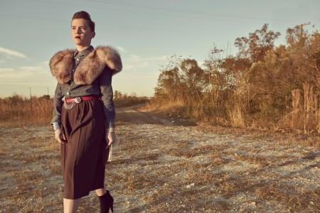 sarah-frierson-lazy-lipstick-fall-lookbook-fur-fields-styling